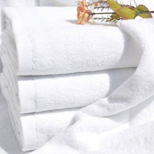 21′s Plain White Indian Cotton Bath Towels for 3star Hotel pictures & photos