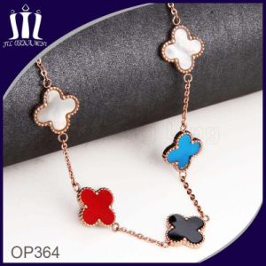 Stainless Steel Color Shell Clover Pendant Necklace pictures & photos