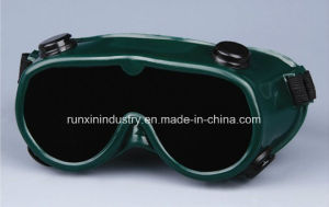 CE Standard Welding Goggles GB015 pictures & photos
