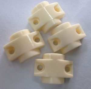 99% Al2O3 Bow Ceramic Guide Eyelet for Coil Winding Machine pictures & photos