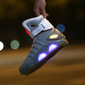 "New Fashion LED Light up Shoes High Quality ""Back to Future"" LED Glowing Warrior Shoes for Men Cosplay Lighting Hightop Shoes pictures & photos"
