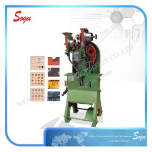 Xm0035 Automatic Mountain Shoes D-Snap Fastening Machine pictures & photos