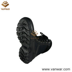 Durable Lightweight Military Combat Boots of Black Leather (WCB010) pictures & photos