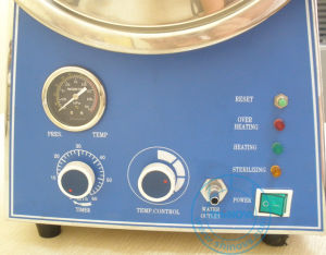 Veterinary 24L Tabletop Steam Sterilizer/Autoclave [CE Approved] (MS-T24) pictures & photos