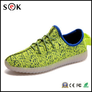 2016 New Style Colorful Running Changeable Color Light up LED Shoes pictures & photos