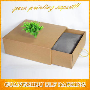 2016 New Design Paper Cardboard Suitcase Box with Handle pictures & photos