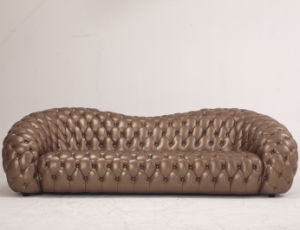 Luxurious Gold Corlor Living Room Leather Sofa (B6) pictures & photos