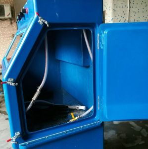Wet Sand Blasting Machine pictures & photos