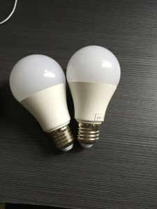 High Lumen LED Bulb 9W pictures & photos