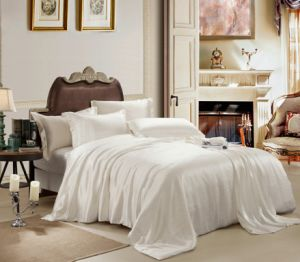 European Style Quality Oeko-Tex Elegance Seamless Sheet Silk Bedding Set Bed Linen pictures & photos