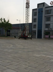 Self-Erecting Tower Crane 2t pictures & photos