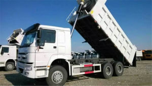 Sinotruk HOWO 6X4 Hyva Tipper pictures & photos