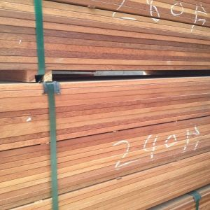 Anti-Abrasion High Quality Merbau Wood Outdoor Decking