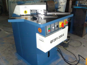 Hydraulic Corner Notching Machine/Notcher (Variable Angle 4mm) pictures & photos