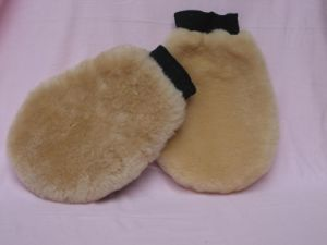 Sheepskin Warm Wool Polishing Glove