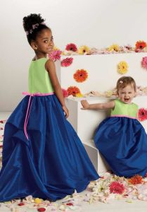 Ruffles Top With Lace Sleeves Flower Girl Dresses (Z-07)