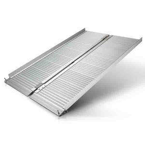 Silver Spring Aluminum Single Fold Wheelchair Ramp with 600 Lb Capacity