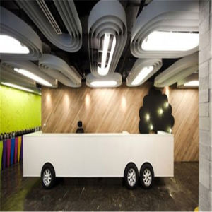Hot Sale High Quality Modern Design Small Beauty Salon Reception Desk pictures & photos