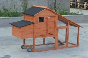 Easily Clean Pull out Meal Tray Chicken Coop Hen House with Wheels