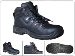 Economic Leather Upper Water Proof Safety Boots 6000V Electric Insulation