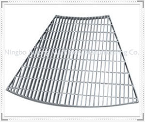 Gavalnized Fan Shape Steel Grating with Ce Approval pictures & photos