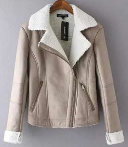 Women′s Faux Suede Lamb Fur Coat