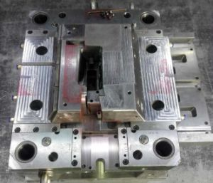 Plastic Injection Mold, Tooling, Die, Mould, Automobile Molding Parts pictures & photos