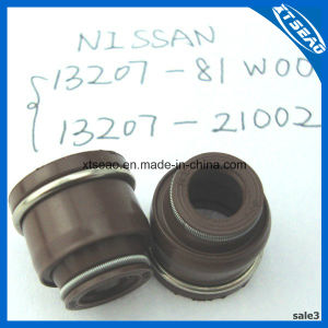13207-81W00/13207-21002 FKM NBR Valve Stem Oil Seal for Nissan