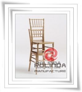 Wholesale Wooden Stacking Chiavari Chairs pictures & photos