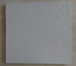 Spray Coated Embossed White Deisgn Gypsum Ceiling Tile pictures & photos