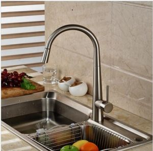 Deck Mount Brushed Nickel Pull Down/out Kitchen Sink Mixer Faucet pictures & photos
