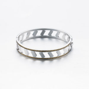 Silver Plated Chain Brass Bangle for Women pictures & photos