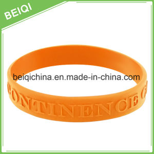 Promotional Cheap Custom Silicone Wristband for Export pictures & photos