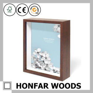 China Home Decor Modern Brown Wooden Shadow Box Frame