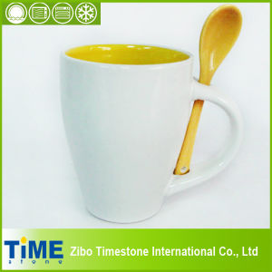 Ceramic Mug with Spoon in Two Colors (1380) pictures & photos
