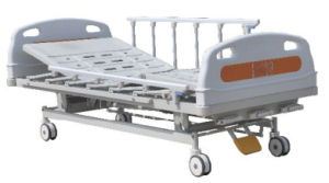 Manual Hospital Bed (3 Cranks) pictures & photos
