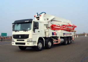 Hongda Good Quality Concrete Pump with Boom Truck -42m pictures & photos