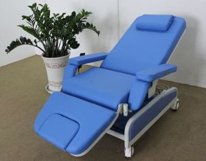 Manual Dialysis Chair Pneumatic-Hydraulic Adjustment pictures & photos
