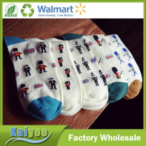 Custom Different Pattern 5 Pack Comfort Socks with Multi Color pictures & photos