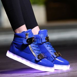 High Top USB Charging LED Glow Shoes Flashing Sneakers pictures & photos