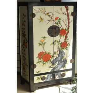 Chinese Antique Furniture Wooden Painted Cabinet Lwa438 pictures & photos