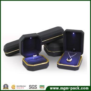 China Wholesale Custom Plastic LED Jewelry Box China Jewelry Box