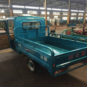 Large Cabine Loading 500kg Hybird Electric / Gasoline Tricycle with Hood pictures & photos