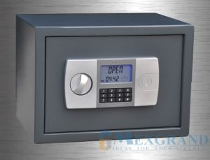 LCD Electronic Home and Office Safe (MG-CD250-1) pictures & photos