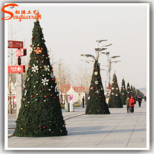 20m Giant Outdoor LED Lighted Christmas Trees pictures & photos
