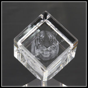 3D Laser Tiger Image in Diamond Crystal Cube pictures & photos