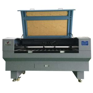 CNC Router CO2/Fiber Laser Cutting Machine with Factory Price