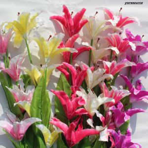 Silk Artificial Flowers Fake Lily for Home Wedding Wholesalers pictures & photos