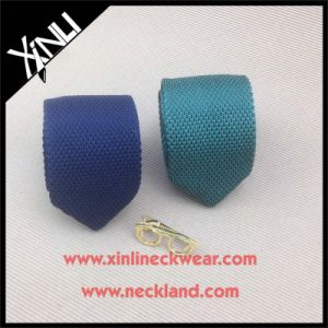 Solid Color Man Dry-Clean Only Polyester Knitted Necktie pictures & photos