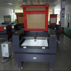 CO2 Laser Cutting Machine with High Speed